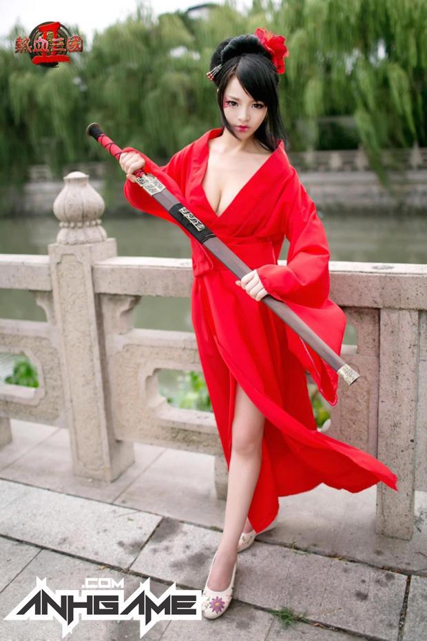 """""""Bỏng mắt"""" với cosplay Nhiệt Huyết Tam Quốc II - Ảnh 13"""