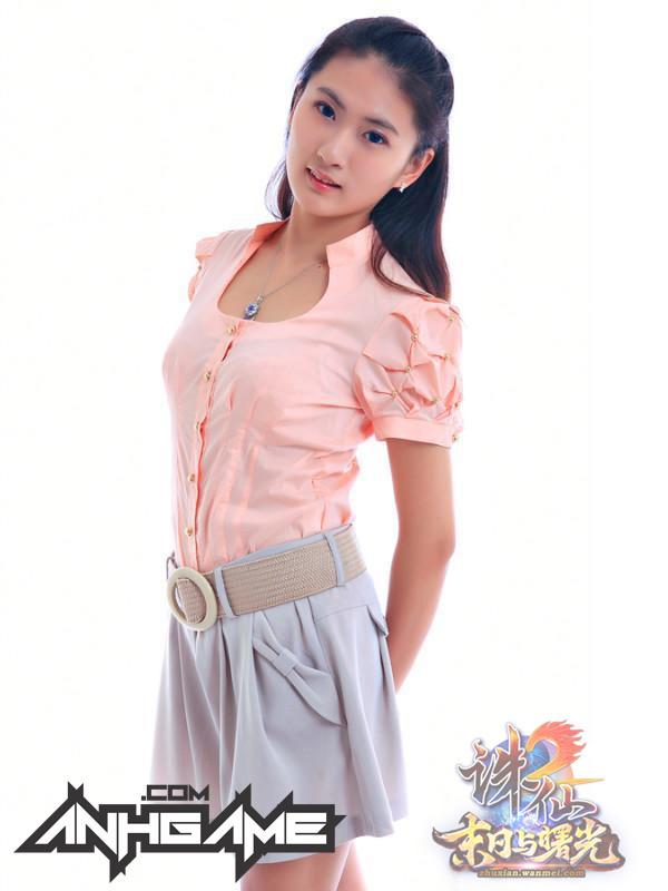 Nữ game thủ gợi cảm của Tru Tiên 2