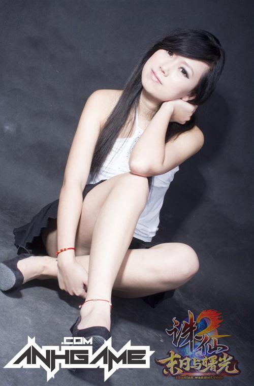 Vẻ đẹp mê hoặc của nữ game thủ Tru Tiên 2