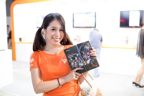 Ngắm dàn showgirl xinh đẹp tại Tokyo Game Show 2012 (3) - Ảnh 11