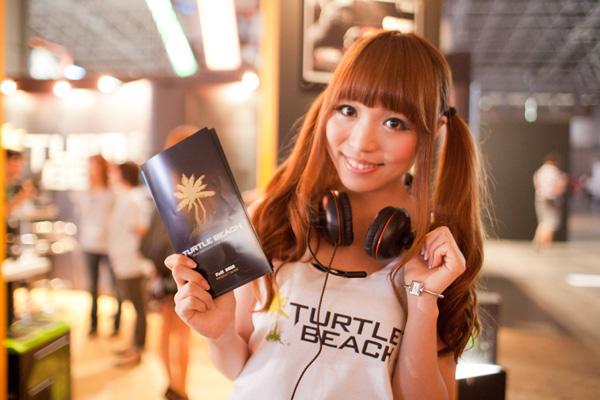 Ngắm dàn showgirl xinh đẹp tại Tokyo Game Show 2012 (3) - Ảnh 12