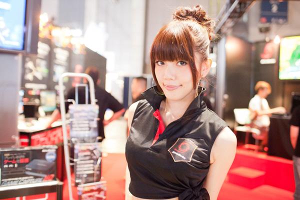 Ngắm dàn showgirl xinh đẹp tại Tokyo Game Show 2012 (4) - Ảnh 8