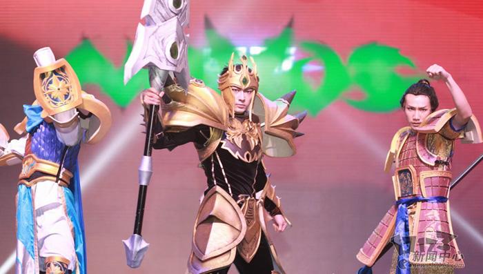 Loạt cosplay ấn tượng của Liên Minh Huyền Thoại - Ảnh 5