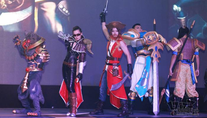 Loạt cosplay ấn tượng của Liên Minh Huyền Thoại - Ảnh 10