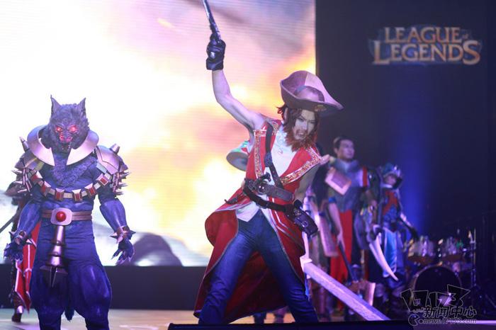 Loạt cosplay ấn tượng của Liên Minh Huyền Thoại - Ảnh 14