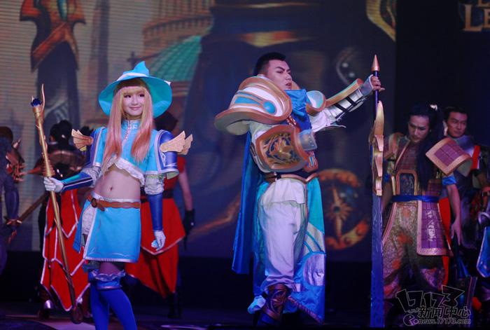 Loạt cosplay ấn tượng của Liên Minh Huyền Thoại - Ảnh 17