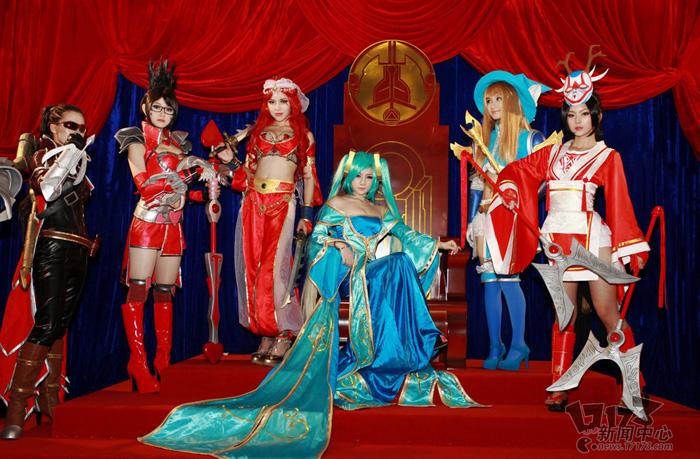 Loạt cosplay ấn tượng của Liên Minh Huyền Thoại - Ảnh 20