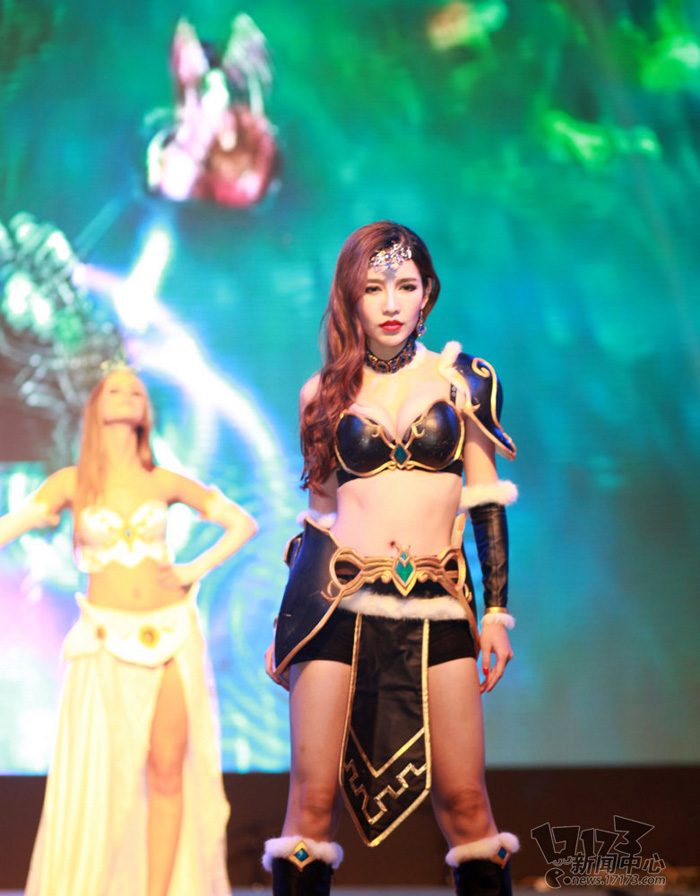 Loạt cosplay ấn tượng của Liên Minh Huyền Thoại - Ảnh 22