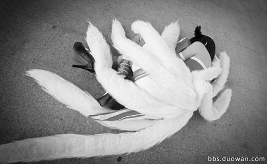 Ngắm hồ li chín đuôi Ahri trong Liên Minh Huyền Thoại