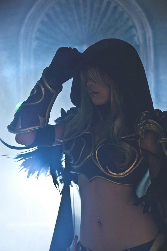 Loạt cosplay gợi cảm về World of Warcraft - Ảnh 7