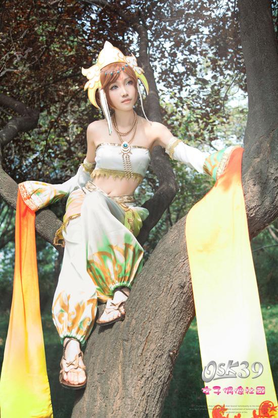 Đường Tam Tạng đẹp mê người trong Warrior Orochi Z