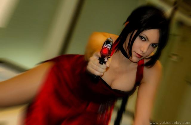 Nữ điệp viên Ada Wong gợi cảm của Resident Evil - Ảnh 3