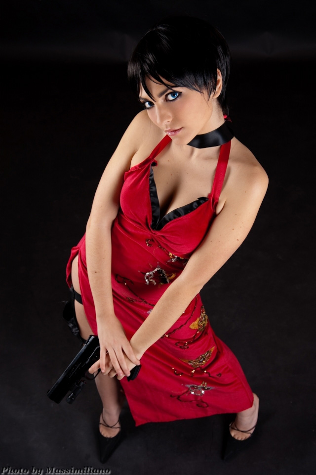 Nữ điệp viên Ada Wong gợi cảm của Resident Evil - Ảnh 5