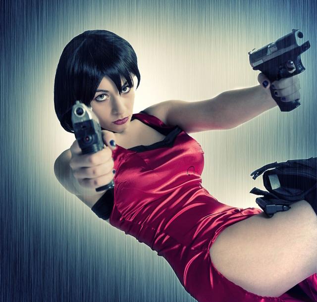 Nữ điệp viên Ada Wong gợi cảm của Resident Evil - Ảnh 9