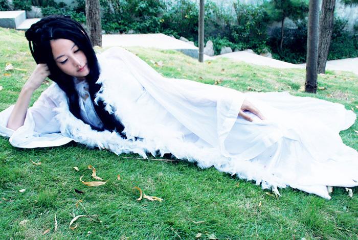 """Ngắm """"vẻ đẹp vô đối"""" của nàng Tiểu Bạch trong Tru Tiên - Ảnh 2"""
