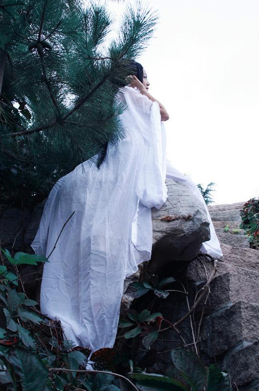 """Ngắm """"vẻ đẹp vô đối"""" của nàng Tiểu Bạch trong Tru Tiên - Ảnh 14"""