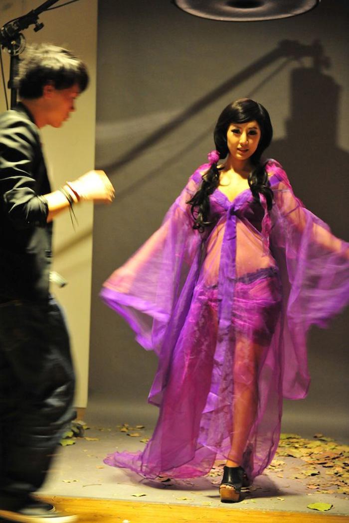 Loạt ảnh hậu trường cực hot của Thiện Nữ U Hồn - Ảnh 10