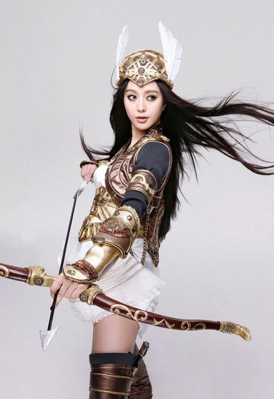 Cosplay tuyệt đẹp của Vạn Vương Chi Vương 3 - Ảnh 12