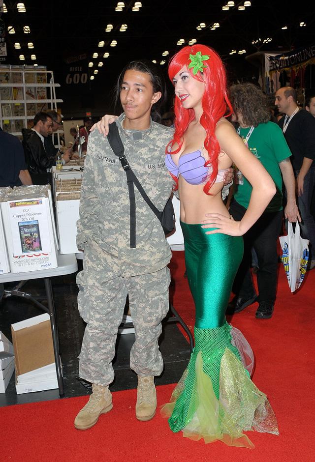 Loạt cosplay ấn tượng tại New York Comic Con 2012 - Ảnh 11