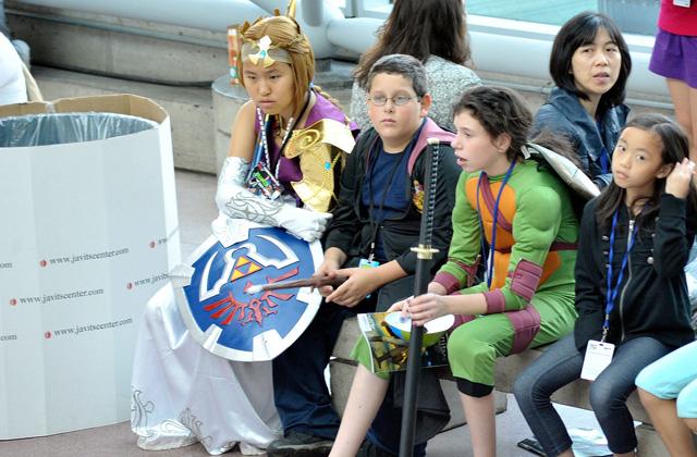 Loạt cosplay ấn tượng tại New York Comic Con 2012 - Ảnh 30