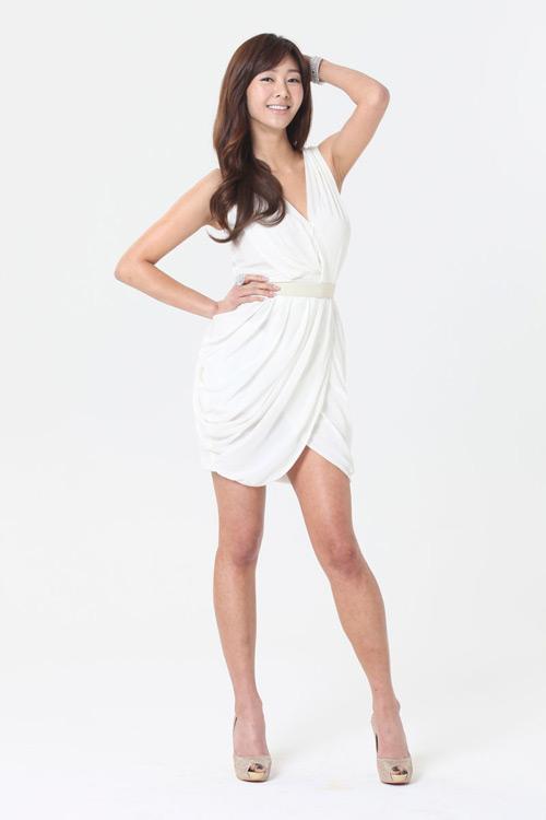 Gina Choi gợi cảm với cosplay Maestia Online - Ảnh 8