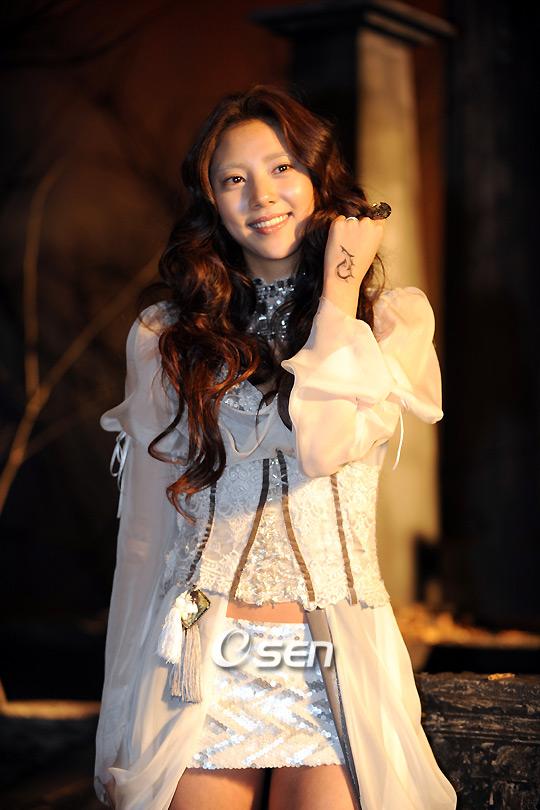 Bộ ảnh cosplay Priston Tale 2 tuyệt đẹp của Son Dam Bi - Ảnh 9
