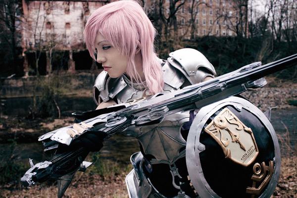 Cosplay Lightning Farron tuyệt đẹp của Yuurisans