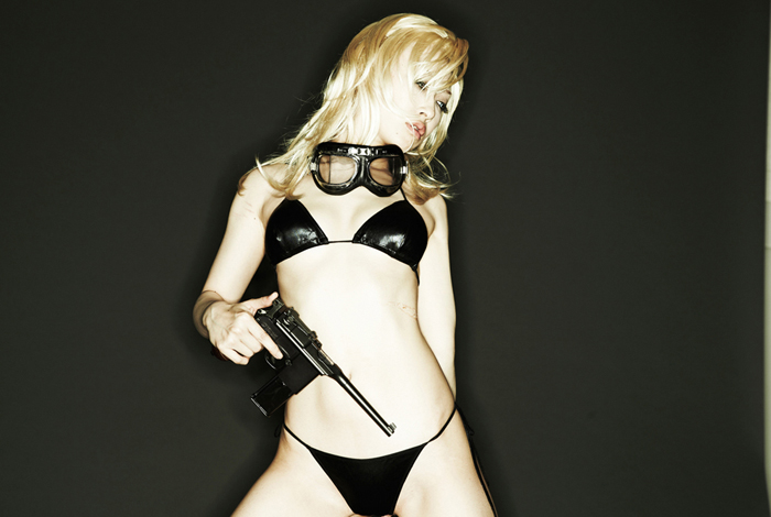 Cosplay 18+ về Eva trong Metal Gear Solid 3