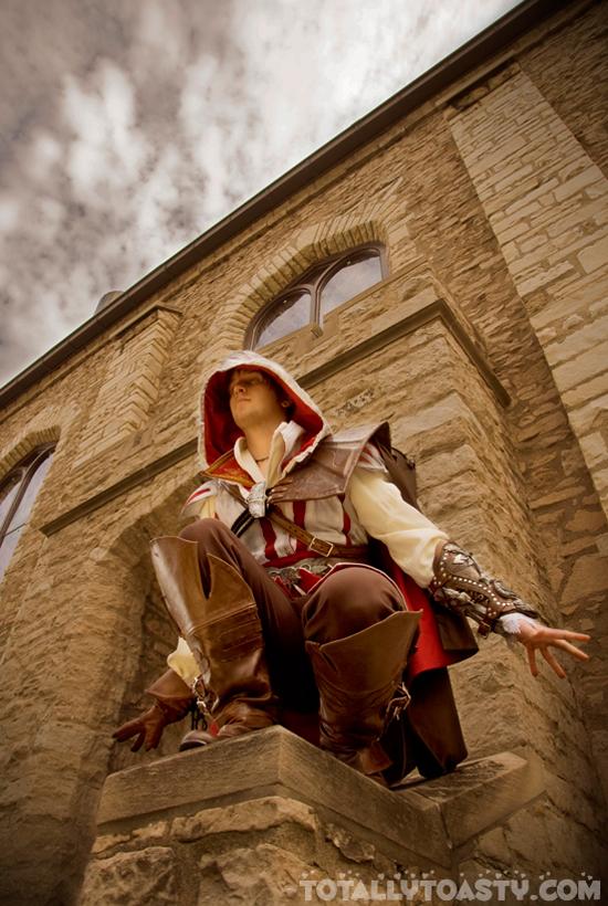 Sát thủ Ezio trong Assassin's Creed II cực đẹp trai - Ảnh 1