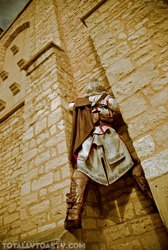 Sát thủ Ezio trong Assassin's Creed II cực đẹp trai - Ảnh 5