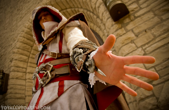 Sát thủ Ezio trong Assassin's Creed II cực đẹp trai - Ảnh 8