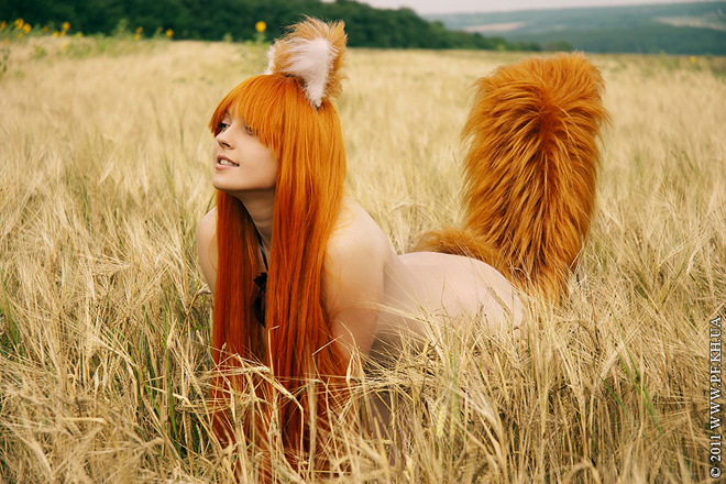 Cosplay thần sói Holo nóng bỏng trong Spice & Wolf