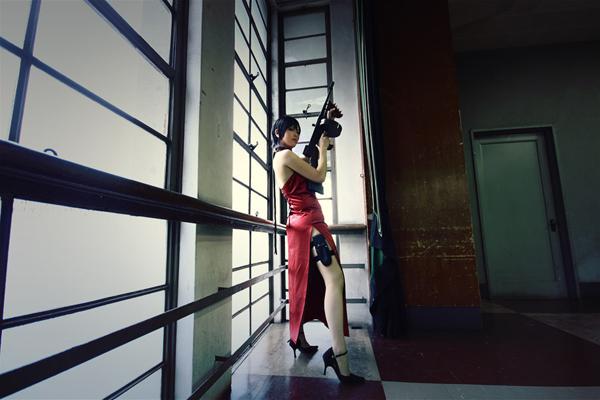 Kasane sexy trong trang phục siêu điệp viên Ada Wong - Ảnh 4