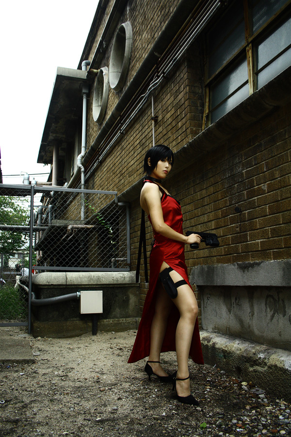 Kasane sexy trong trang phục siêu điệp viên Ada Wong