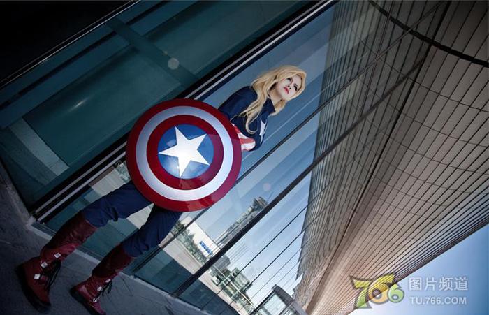 Captain America và Iron Man phiên bản nữ đại chiến - Ảnh 5