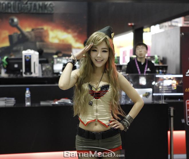 Những nữ quân nhân đáng yêu của World of Tanks - Ảnh 5