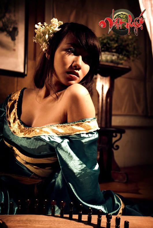 Linh Miu lả lơi trong cosplay Nhiệt Huyết Online - Ảnh 9