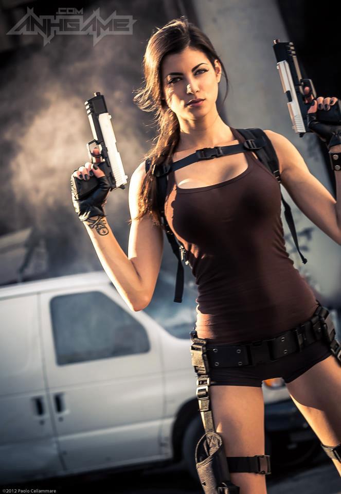 LeeAnna Vamp gợi cảm với cosplay Lara Croft - Ảnh 7