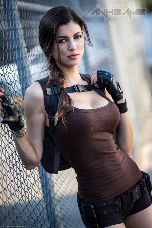 LeeAnna Vamp gợi cảm với cosplay Lara Croft - Ảnh 10