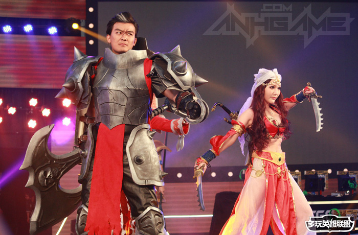 Ngắm cosplay Liên Minh Huyền Thoại tại TGC 2012 - Ảnh 2