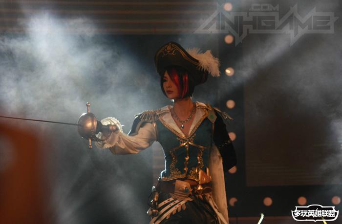 Ngắm cosplay Liên Minh Huyền Thoại tại TGC 2012 - Ảnh 11