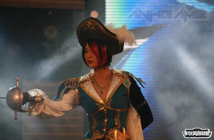 Ngắm cosplay Liên Minh Huyền Thoại tại TGC 2012 - Ảnh 14