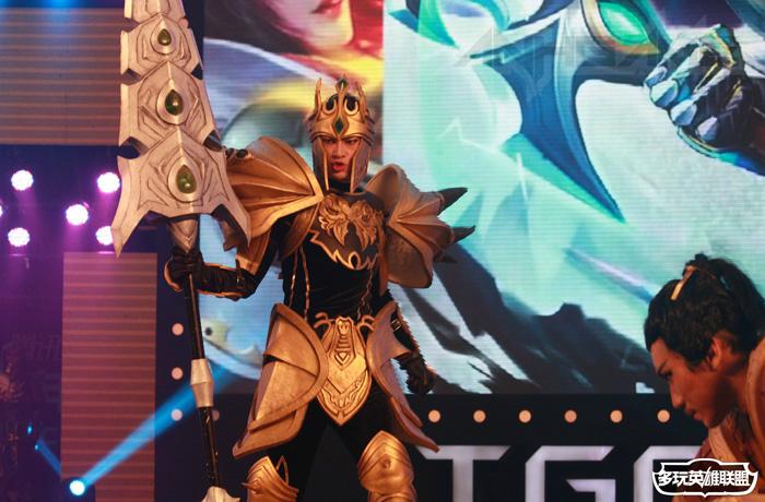 Ngắm cosplay Liên Minh Huyền Thoại tại TGC 2012 - Ảnh 23