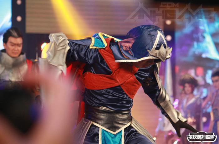 Ngắm cosplay Liên Minh Huyền Thoại tại TGC 2012 - Ảnh 24