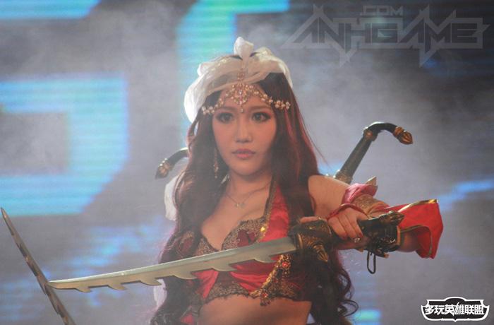 Ngắm cosplay Liên Minh Huyền Thoại tại TGC 2012 - Ảnh 28