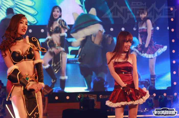 Ngắm cosplay Liên Minh Huyền Thoại tại TGC 2012 - Ảnh 32