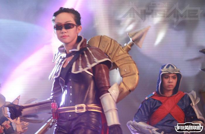 Ngắm cosplay Liên Minh Huyền Thoại tại TGC 2012 - Ảnh 33