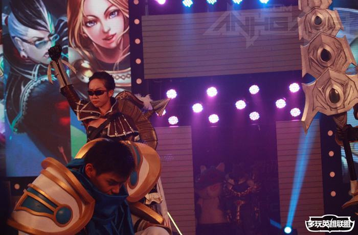 Ngắm cosplay Liên Minh Huyền Thoại tại TGC 2012 - Ảnh 36