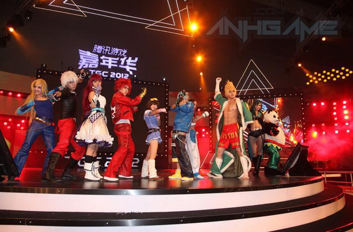 Biểu diễn cosplay Huyễn Đẩu Chi Vương tại TGC 2012 - Ảnh 1