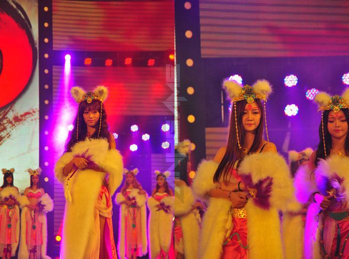 Tencent Games khoe cosplay Phong Thần Kỷ tại TGC 2012